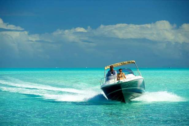 boat-rental-bora-bora-moana-adventure-tours